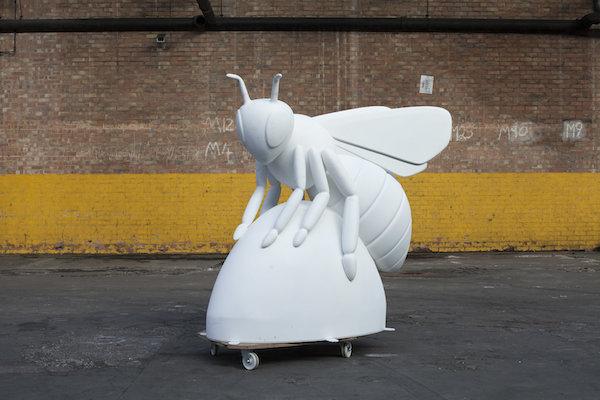 blank bee